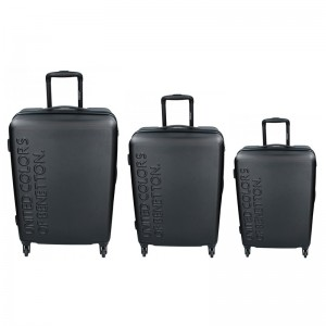 Sada 3 cestovných kufrov United Colors of Benetton Aura S,M,L - čierna