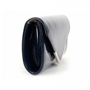 Dámska listová kabelka Tamaris Amaila - tmavo modrá